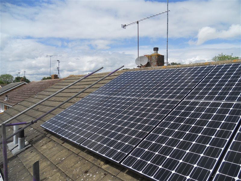 Solar Panel Installation Woodley Berkshire 240514 Rg5
